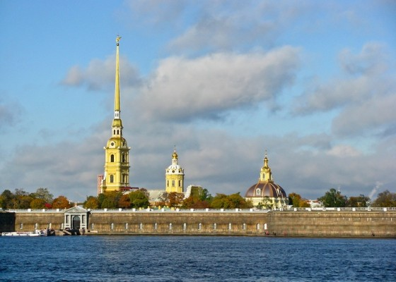 St. Petersburg city tour by car (4 hours)